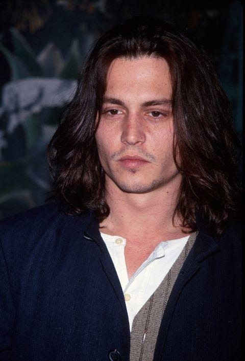 <p>En 1993 pasaba a una imagen mucho más bohemia gracias al pelo largo.&nbsp&#x3B;</p>
