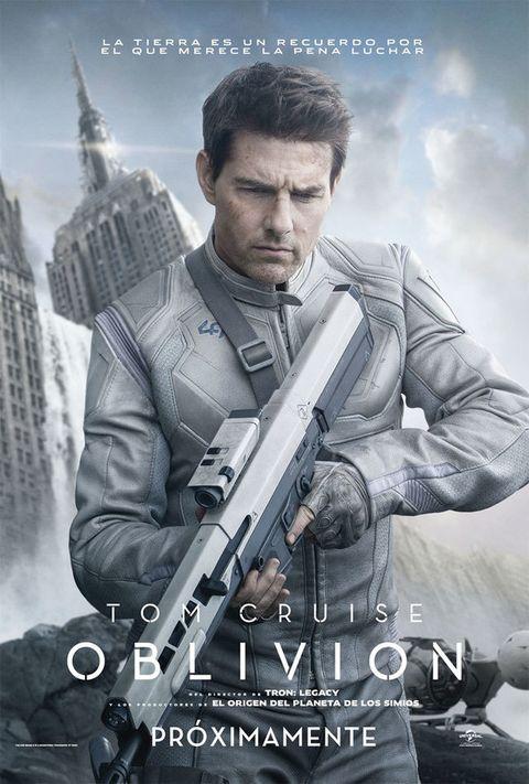 <p>Tom Cruise da vida a Jack, un mecánico de aviones, en esta película de ciencia ficción ambientada en un futuro planeta Tierra, devastado después de una guerra. Tras encontrar a una superviviente, que no es otra que Olga Kurylenko, la vida de Jack dará un giro radical: el destino de la raza humana está en sus manos. Para fans de la acción, las naves espaciales y los héroes.</p>