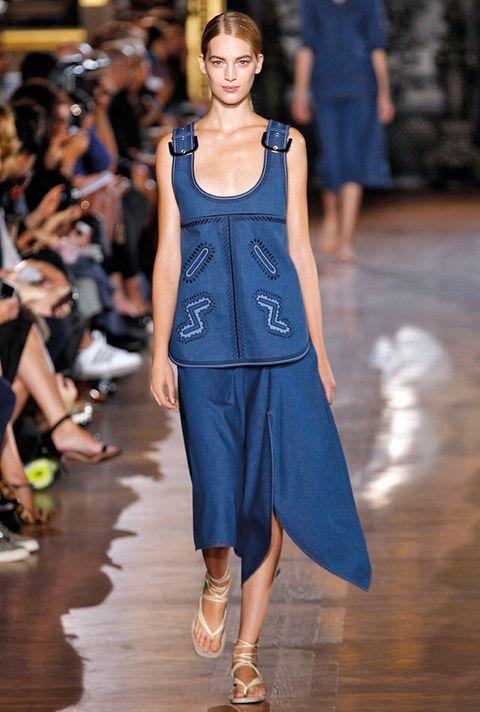 <p>Diseñador: Stella McCartney. <strong>Paris Fashion Week.</strong></p>