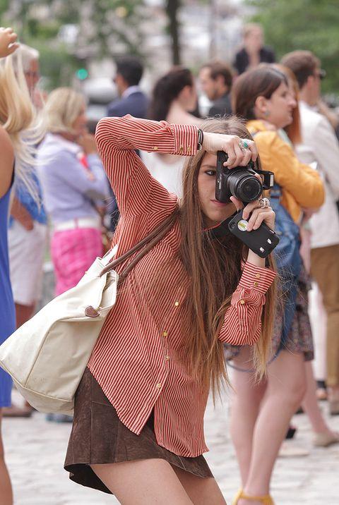 <p>Flash, flash! Bloggers, it girls y amantes de la moda en general se lanzan estos días con la cámara a la entrada de los desfiles en busca de la foto perfecta al más puro estilo The Sartorialist.</p>