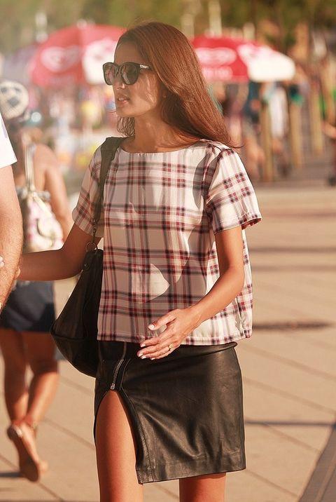 <p>Jasmine se encuentra de vacaciones en el norte con su pareja. Nos llama el atención su look semicasual.&nbsp;</p>