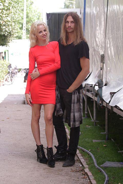 <p>¡Que pareja tan adorable! El tándem diseñador / modelo funciona a las mil maravillas y ambos defienden la marca <strong>Forrest &amp; Bob</strong> presentando la nueva colección para la primavera-verano 2013 en la capital danesa. </p>
