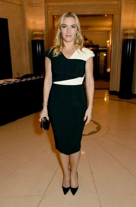 <p>En blanco y negro con un vestido tubo y accesorios en negro vimos a <strong>Kate Winslet</strong> en la fiesta.&nbsp;</p>