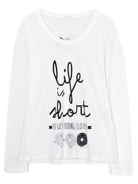 <p>...to wear boring clothes (15,99 €). No podemos estar más de acuerdo.&nbsp;</p>