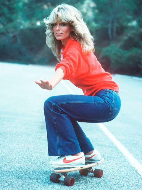 <p>Esta foto es de los años 70 y la que lleva las <strong>Nike Cortez</strong> es <strong>Farrah Fawcett</strong> en una de sus imágenes más famosas. Este modelo arrasa esta temporada y lo hace para quedarse.</p>