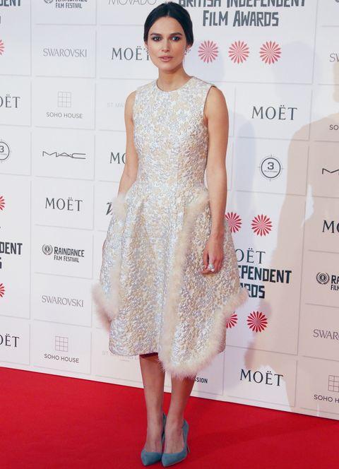 <p>Hace poco conocíamos la feliz noticia de que la actriz Keira Knightley espera su primer hijo junto al músico James Righton. Otra celebrity que seguro nos dejará looks de embarazada perfectos para inspirarnos.</p>