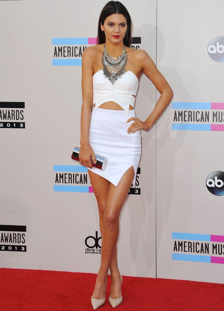 Fotos de los vestidos transparentes de Kendall Jenner en