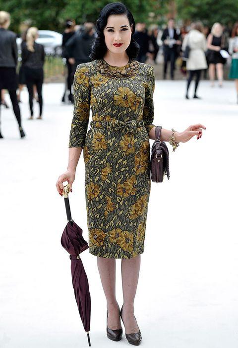 <p><strong>Dita Von Teese</strong> ha reconocido su afición a este modelo para conseguir un toque retro en sus estilismos.</p>