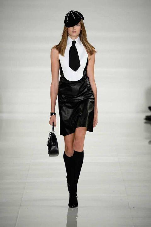 <p>Diseñador: YSL. <strong>Paris Fashion Week</strong>.</p>
