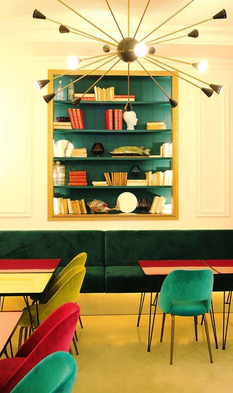 <p>La biblioteca puede dividirse en tres espacios independientes</p>