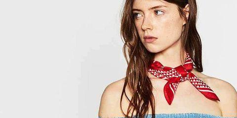 8f5fb4cf63fc Zara te enseña a ponerte el pañuelo