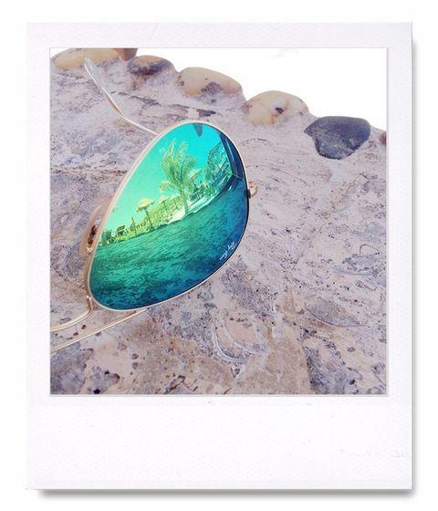 """<p> Podrían ser unas gafas, pero no, porque se refleja la playa, lo que implica que estás de vacaciones. ¿No es una gran manera de anunciarlo? Así es instagram.<br /><strong>En la foto <a href=""""http://instagram.com/meganrunionmcr"""" target=""""_blank"""">@meganrunionmcr</a></strong></p>"""
