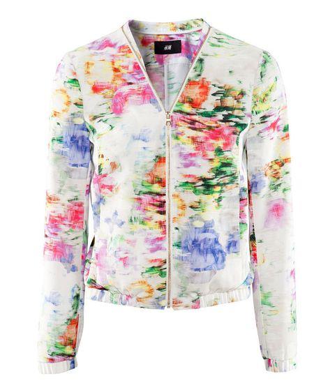<p>Con un diseño floral en fondo blanco, es de <strong>H&amp;M</strong> (39,95 €).</p>