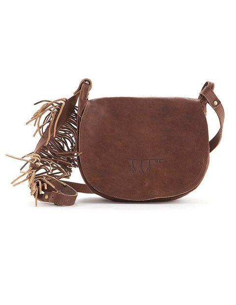 <p>Bolso 'torino' de cuero marrón, de <strong>Hakei</strong>, (129,95 €).</p>