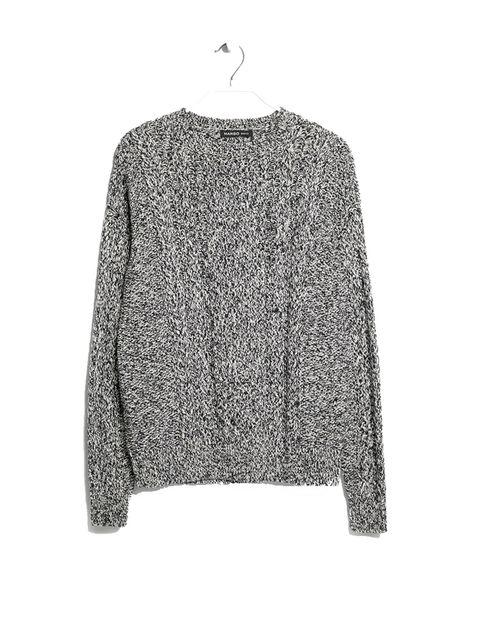 <p>Jersey gris de Mango, 14,99 €.</p>
