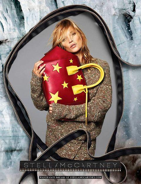 <p><strong>Modelo:</strong>&nbsp;Kate Moss<strong>&nbsp;Foto:</strong>&nbsp;Alas &amp; Marcus Piggott<strong>&nbsp;Firma:&nbsp;</strong>Stella McCartney.</p><p>&nbsp;</p>