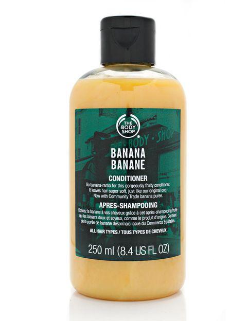 <p>'Acondicionador de Banana' (5 €), de <strong>The Body Shop</strong>. Sin siliconas y con ingredientes procedentes del Comercio Justo.</p>