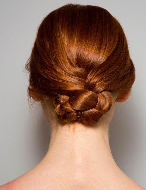 <p><strong>Laura Biagiotti</strong> opta por un look muy similar, en este caso con un aspecto más pulido y dividido al centro.</p>
