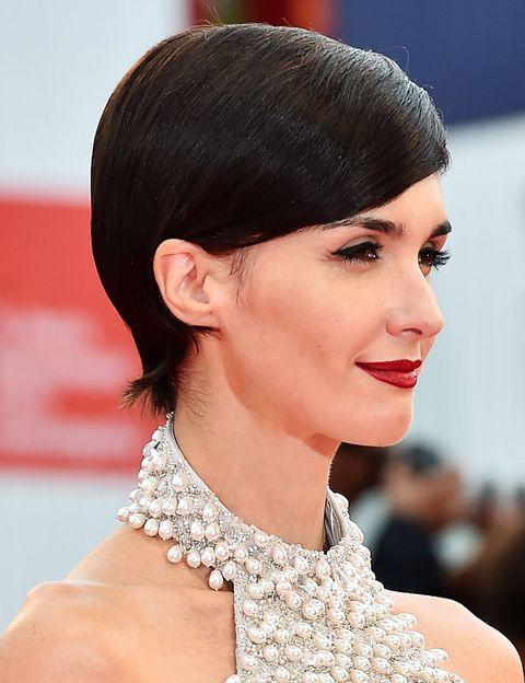 <p>Si recordamos los años más activos de la actriz en el cine español sí tenemos la imagen de una <strong>Paz Vega</strong> morena con pelo largo y alborotado.</p><p>Quiso dar un giro de imagen y actitud hace algunos años y éste es el resultado.&nbsp;</p>