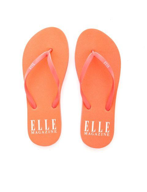 <p>Tus sandalias ELLE en color naranja.</p>