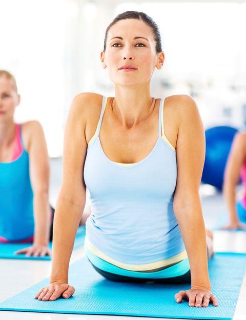 <p>&nbsp;</p><p>El gran pilar de este estilo es la respiración, siempre coordinada con el movimiento y que fluye entre postura y postura. <strong>Este potente trabajo respiratorio no sólo proporciona concentración y energía</strong>, sino que proporciona una increíble sensación de fluidez física y mental durante la práctica. Y, por supuesto, proporciona grandes beneficios y una gran sensación de bienestar.&nbsp;</p><p>&nbsp;</p>