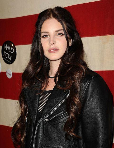 <p> Antes de seu 'boom', <strong> Lana del Rey </strong> mudou seu nome artístico em várias ocasiões: Lizzy Grant, Lana del Ray ... até que em 2009 ela decidiu o definitivo. & nbsp; </ p >