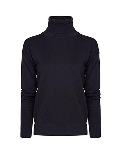 <p>Jersey de <strong>Mango</strong> (9.99 euros) negro con cuello vuelto.</p>