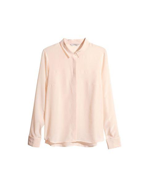 <p>Camisa rosa de H&amp;M, 39,95 €.</p>