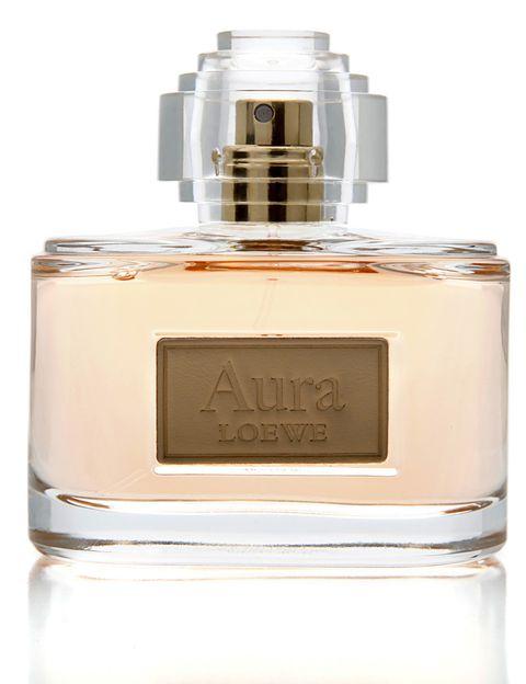 """<p>Vuele una nueva versión del clásico de <a href=""""http://www.e-shop.perfumesloewe.com/p.182.0.0.1.1-eau-de-parfum-vaporizador-80-ml.html?ctry=ES&amp;I=1"""" target=""""_blank"""">Loewe</a>: Aura, un aroma florar y amaderado (desde 88 €).</p>"""
