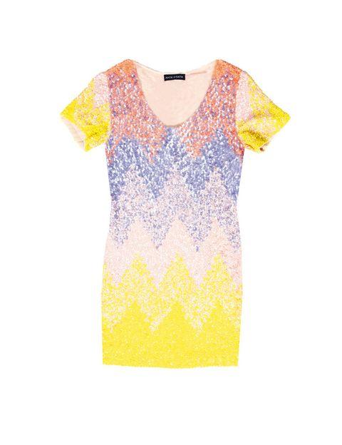 <p>De lentejuelas multicolor, perfecto para brillar una noche de fin de semana. <strong>De Antik Batik.</strong></p>