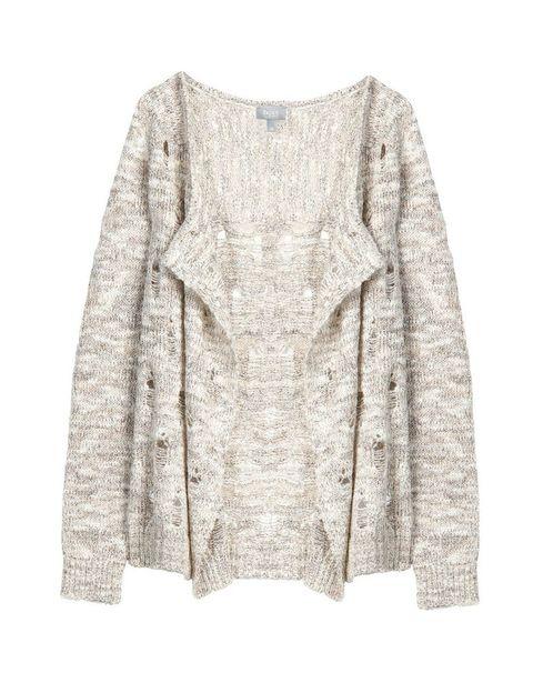 <p>Fichamos entre nuestros favoritos esta chaqueta de <strong>Hoss Intropia</strong> (130 €) de punto y calados. </p>