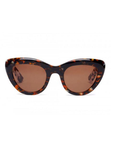 <p>Gafas de inspiración años 50, de carey. De <strong>Bimba y Lola</strong> (85 €).</p>