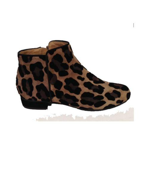 """<p>Aprovecha también los descuentosdel Black Friday de <a href=""""http://www.vito52.com/"""" target=""""_blank"""">Vito 52</a> para darte un capricho y hacerte con un buen par de zapatos, botines o botas.</p>"""