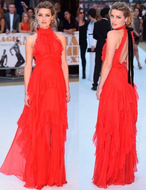<p>Nos dejó sin palabras&nbsp;en la premiere londinense de 'Magic Mike XXL' con este vestido de volantes en rojo pasión con lazada en la espalda de <strong>Emilio Pucci Otoño 2015</strong>. Sensualidad y elegancia todo en uno.</p><p>&nbsp;</p>
