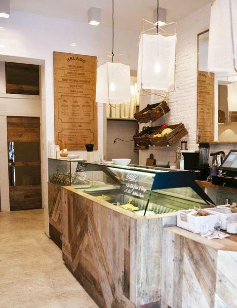 <p>No podrás resistirte a los cremosos helados artesanales elaborados con leche&nbsp&#x3B; fresca de vaca y sus toppings de infarto.</p><p><strong>Augusto Figueroa, 5, Madrid. Precio medio: 4 €.</strong></p>
