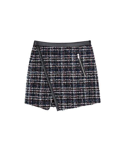 <p>Mimi de tweed de Zara, 29,99 €.</p>