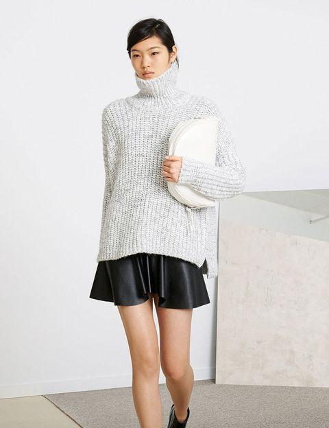 <p>Larga vida a los jerseys de cuello alto en Zara.</p>