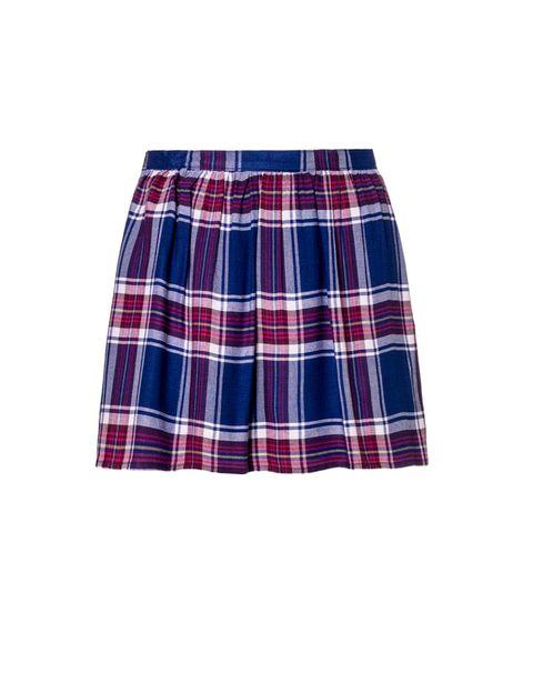 <p>Por ser una prenda de tendencia, creímos que su precio sería elevado, la sorpresa es que esta falda de<strong>&nbsp;Benetton</strong> cuesta 29,95 €.</p>