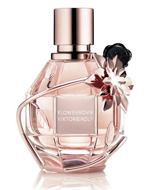 <p>Perfume Flowerbomb, de Viktor&amp&#x3B;Rolf, 94 €.</p>