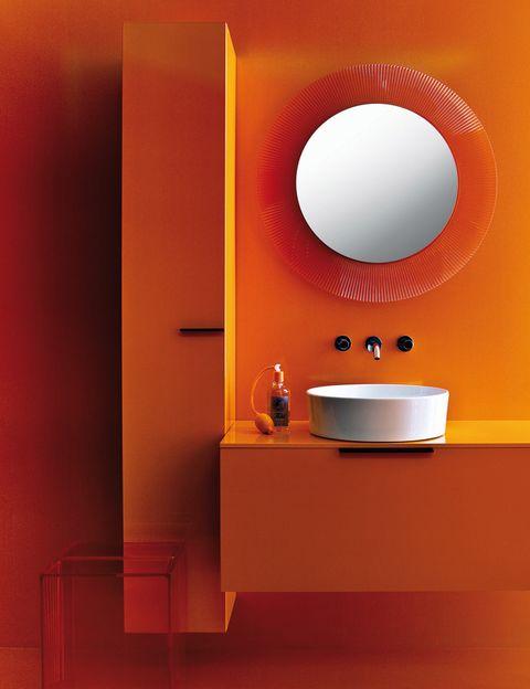 <p>La colección <i>Kartell by Laufen</i>, diseñada por los Palomba, lleva el sello de ambas firmas. Incluye lavabos, bañeras, duchas, grifos, luces y accesorios. Tonos vivos y blancos, en piezas de cristal de policarbonos, plástico... </p>