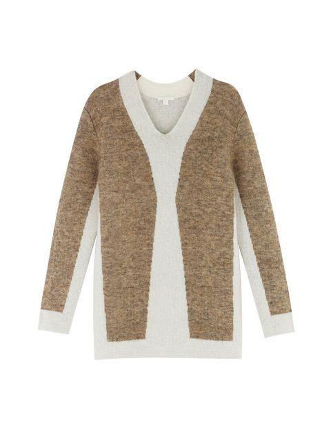 <p>Una de las prendas imprescindibles de la temporada para Karin Gustafsson es un suéter de lana en tonos tierra.</p>