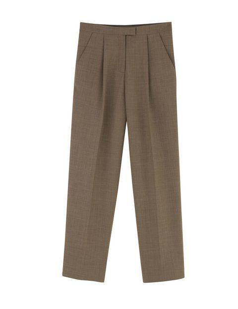 <p>Pantalones rectos de corte masculino, de <strong>Cos</strong> (89 €).</p>