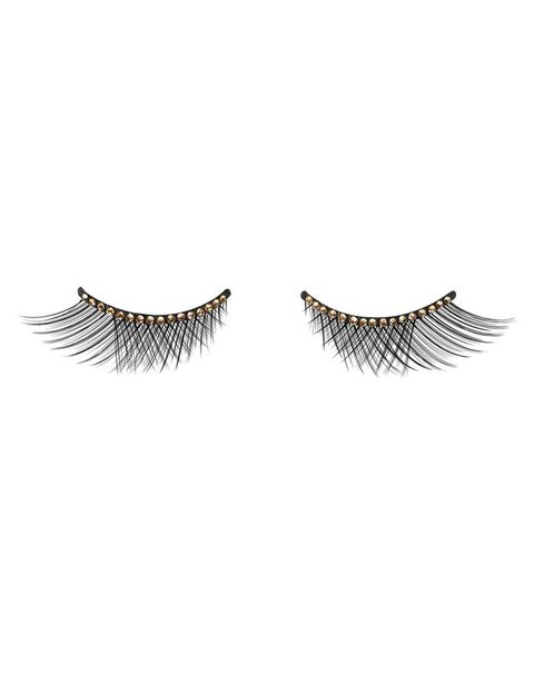 <p>'Grand Bal Collection False Lashes', pestañas postizas con detalle de pedrería. De <strong>Dior</strong>.</p>