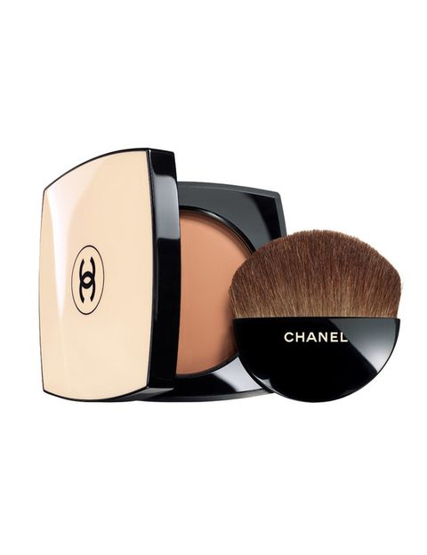 <p>'Les beiges', polvos mate de efecto buena cara con SPF 15. De <strong>Chanel</strong> (48 €). </p>