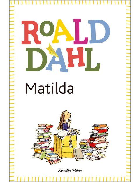 <p>La criatura prodigiosa de Roahl Dahl es una leyenda. Es mucho más inteligente que nadie, mueve cosas con la mente, es supercreativa y encima consigue irse a vivir con su profesora favorita en vez de con sus terribles padres. ¡Es una máquina!</p>