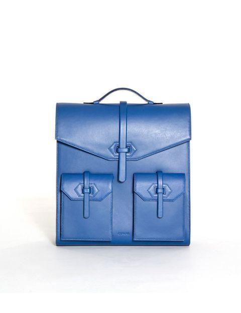 <p>Mochila rígida azul de<strong> Chalar.</strong></p>