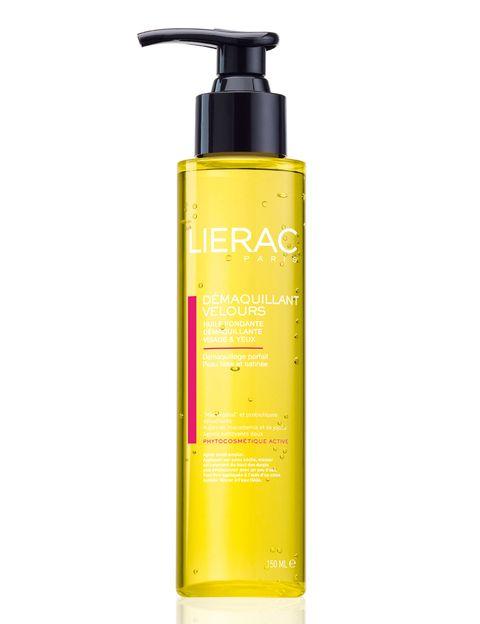 <p><strong>Dèmaquillant Velours</strong> de <strong>Lierac</strong>. Aceite fundente desmaquillante enriquecido con aceite de jojoba y macadamia (22,50 €).</p>