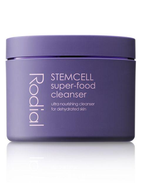 <p><strong>Stemcell Super-Food Cleanser</strong> de <strong>Rodial</strong>. Súper hidratante para pieles deshidratadas (34 €).</p>