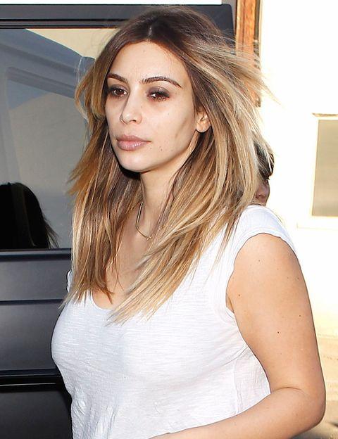 <p>En ocasiones, los <i>paparazzi</i> han pillado desprevenida a <strong>Kim Kardashian</strong>. Tranquila Kim, nada que no solucione un buen corrector de ojeras.</p>