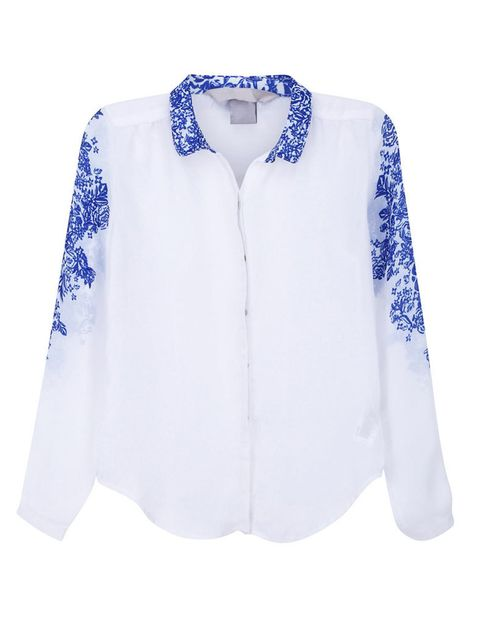 <p>Sofisticada blusa <strong>de Romwe (23 €).</strong></p>